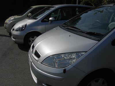 3台のレンタカー